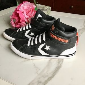 Converse Pro Blaze Strap Hi Top Kids Leather Shoes